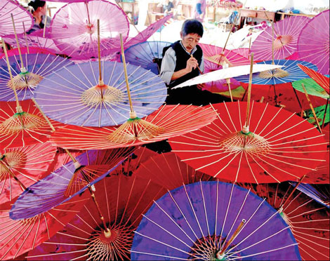 Seni Pembuatan Payung Kertas Tradisional Cina: Asal-usul dan Pembuatan